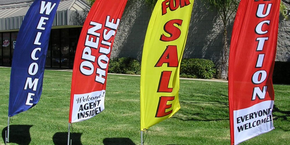 Tips to Help You Choose The Right Promotional Feather Flags