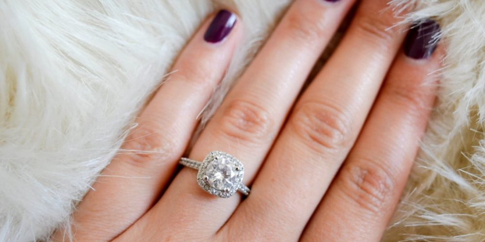 What To Do And What Not To For Keeping Your Engagement Ring Safe?