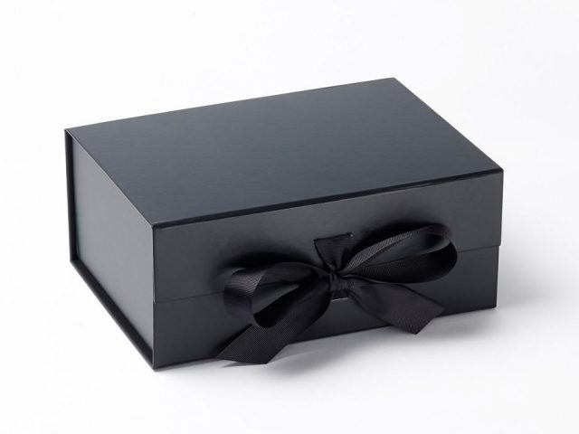 Are You Searching For Classy Kraft Retail Boxes | RSF Packaging