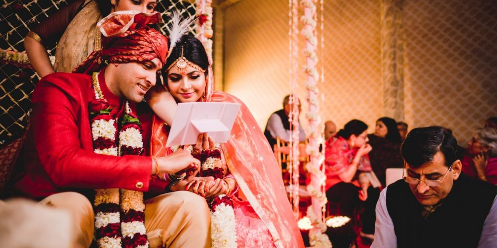 Why and How to Hire a Good Wedding Photographer without any Hassle